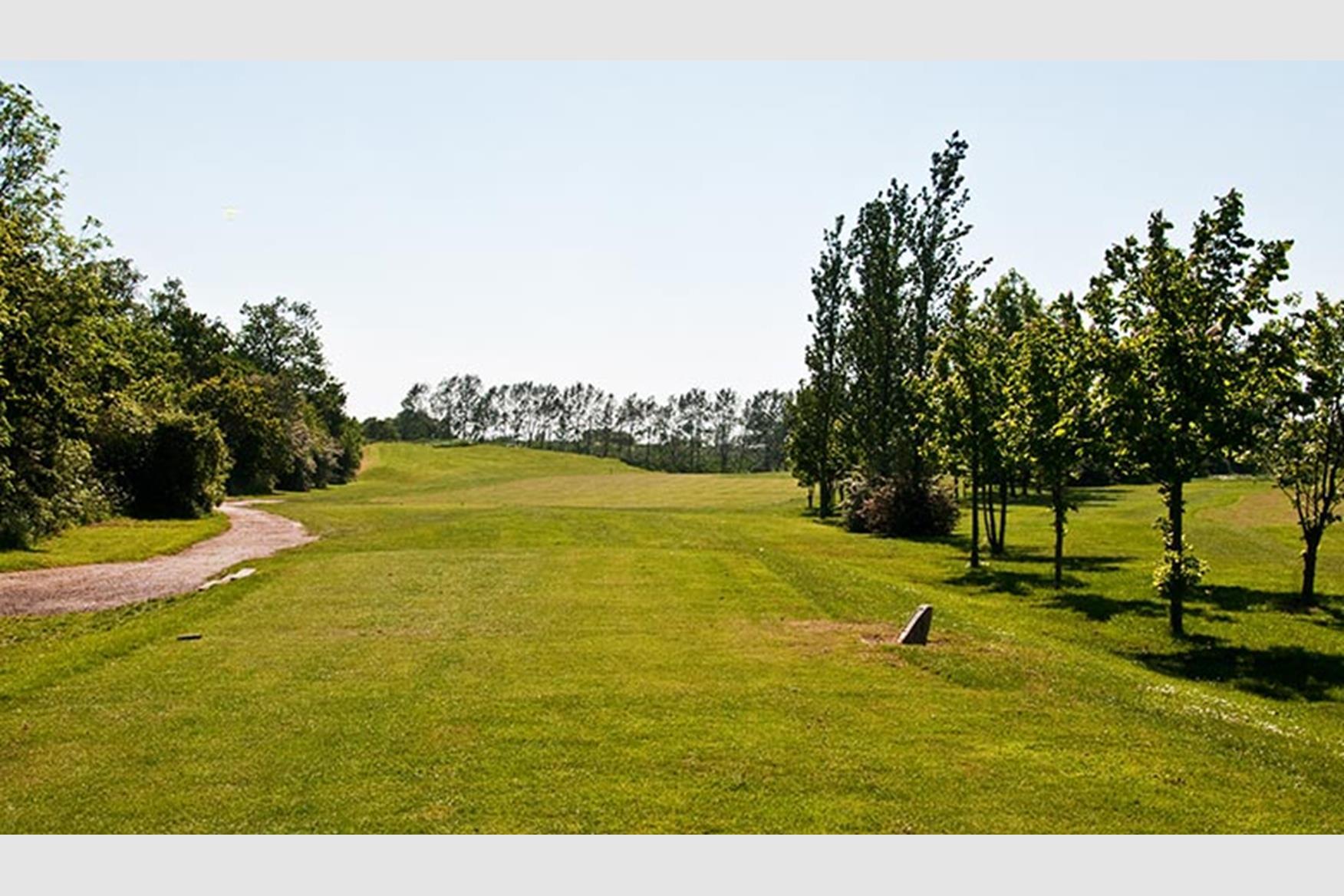 risebridge golf centre golf course in romford golf. Black Bedroom Furniture Sets. Home Design Ideas