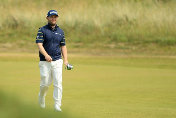 U.S. golfer Spieth in prime position to win British Open