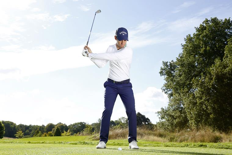 Matteo Manassero: Swing with your feet together